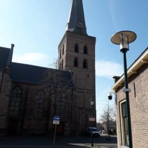 Hoekstra-Injectie-ingezet-in-de-Oude-kerk-van-Barneveld