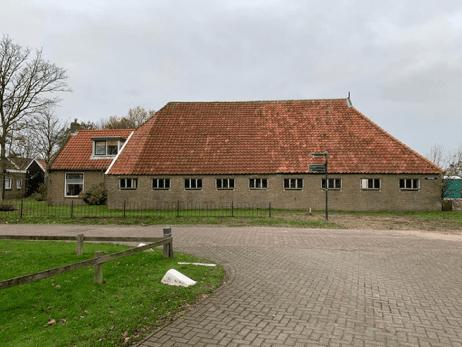 Houtwormbestrijding_in_een_boerderij_op_Ameland